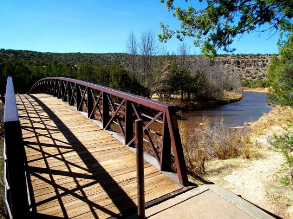 Bridge over the Pecos River at Villanueva state park.
