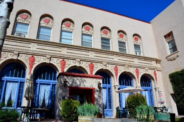 Exterior view of the El Fidel Hotel in Las Vegas NM.