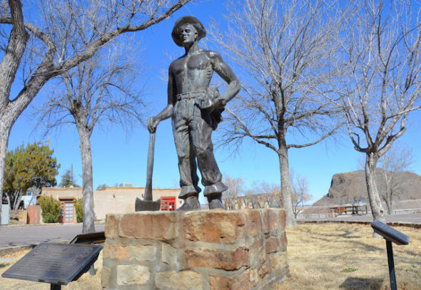 Statute of CCC worker at Elephant Butte lake